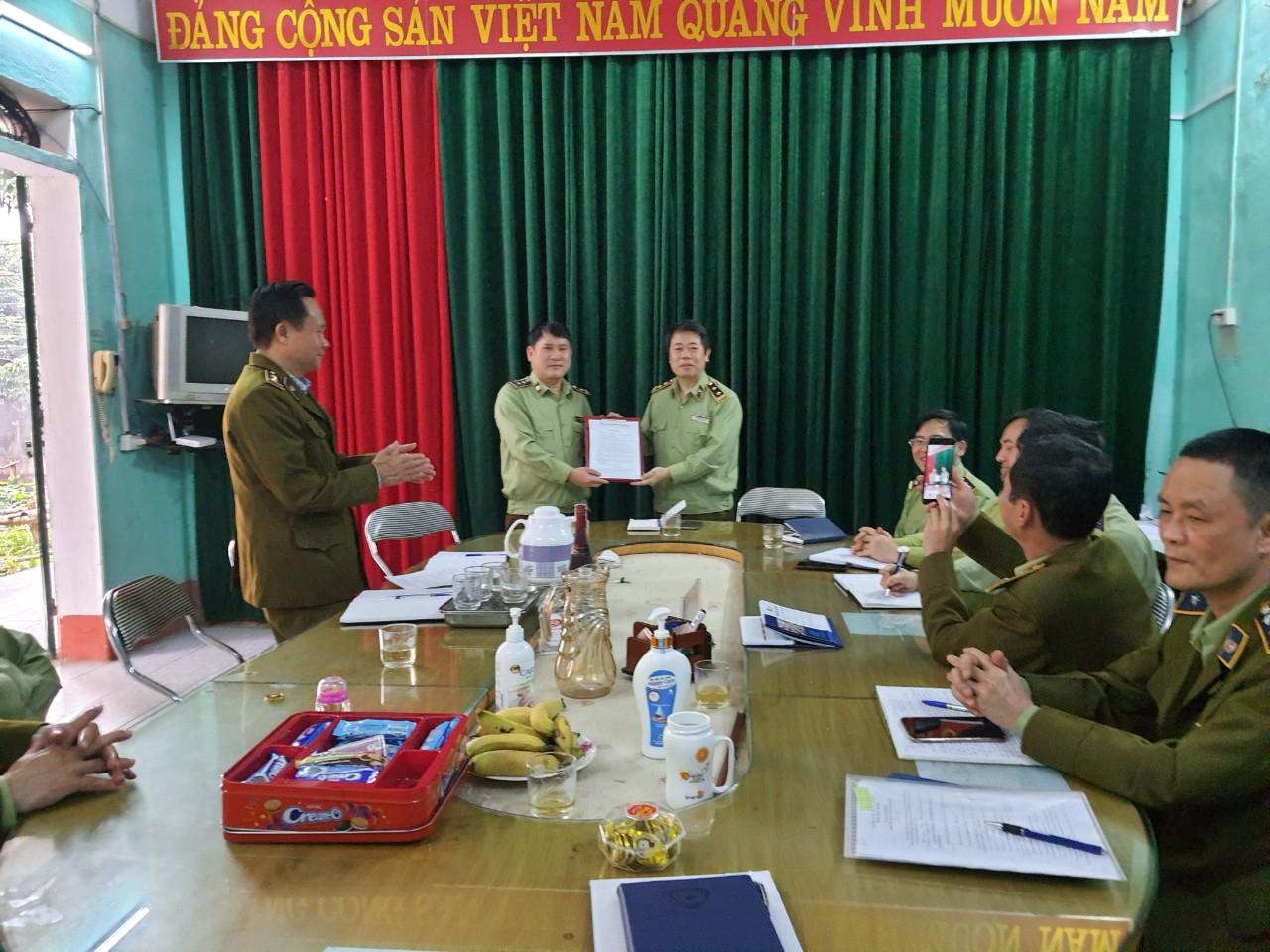 Công bố Quyết định bổ nhiệm lãnh đạo Đội QLTT số 3, trực thuộc Cục QLTT tỉnh Lào Cai