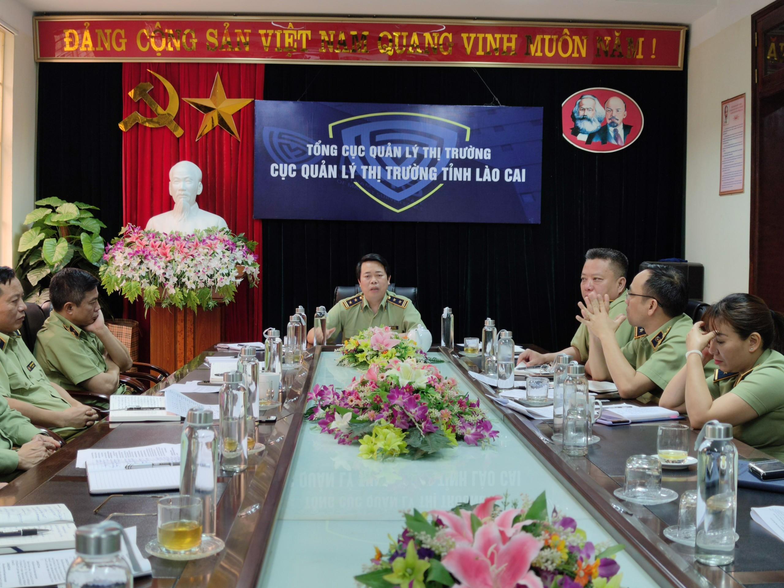 Cục QLTT Lào Cai sơ kết đánh giá kết quả thực hiện nhiệm vụ Quý I/2021, triển khai nhiệm vụ tháng 4 và Quý II năm 2021